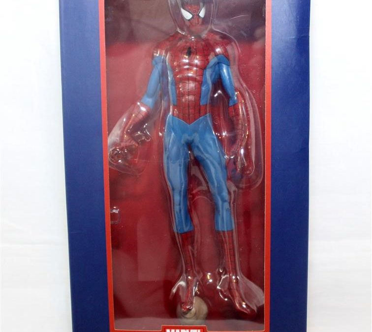 Diamond Select Toys: Spider-Man PVC Statue