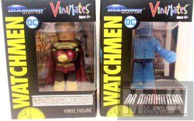 Watchmen Vinimates Dr. Manhattan and Ozymandis