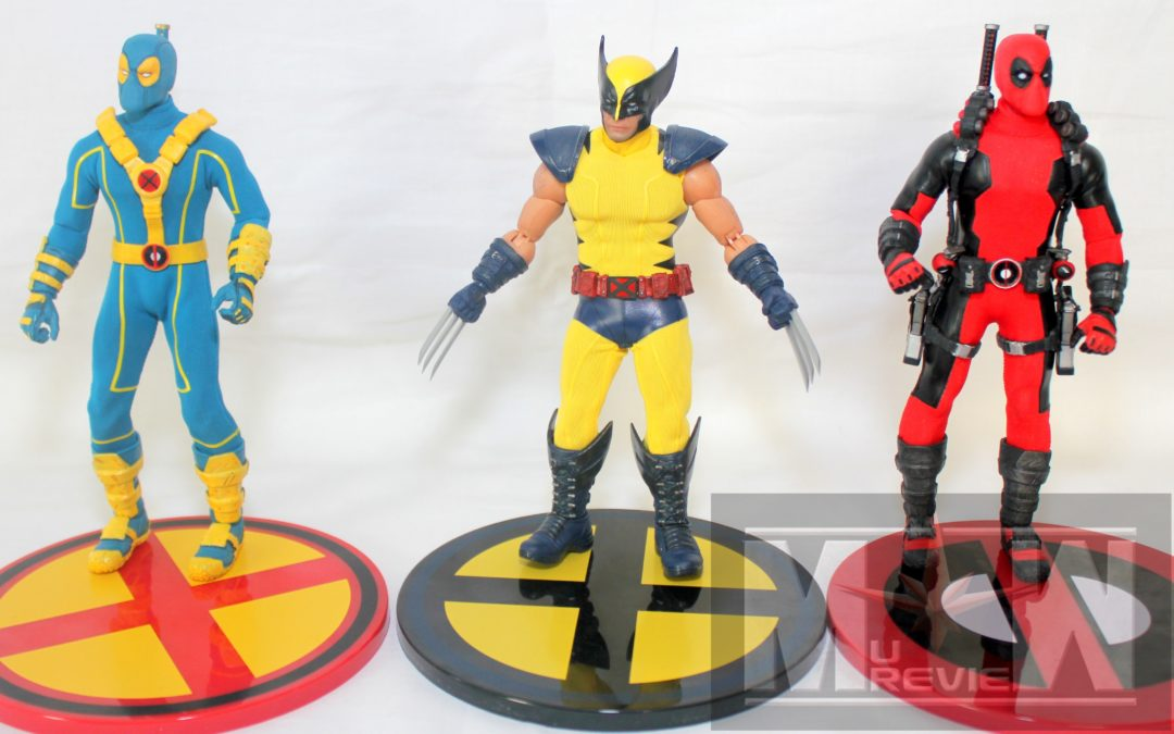 Mezco One:12 A Holiday Musical Featuring Wolverine and The Deadpools